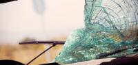 Что делать, если на лобовом стекле образовалась трещина?