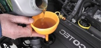Зачем водители старой закалки заливали стакан бензина на ночь?