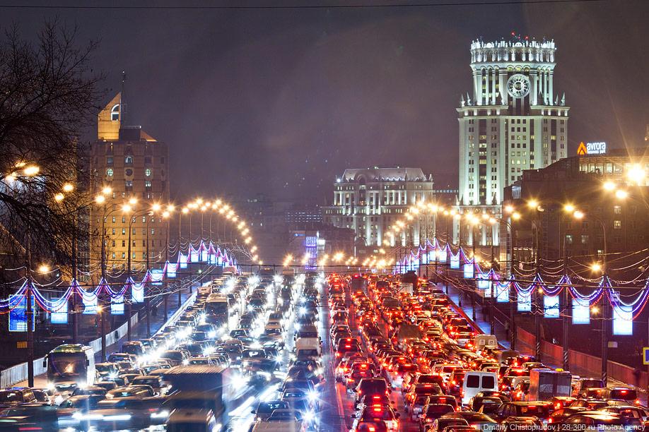 Рекордные «пробки» наблюдались на трассах Нижнего Новгорода утром 19декабря